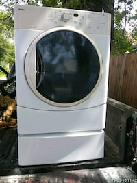 white front load clothes washer