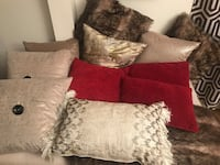 Couch pillows  Freeport, 11520