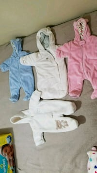 Baby winter suits 0-6 months Toronto, M1H 2E1