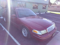 Ford - Crown Victoria - 2001 Oakland Park, 33334