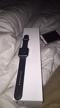 space gray aluminum case Apple Watch with black sports band with box Tuscaloosa, 35401