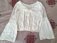 White puffy lace sleeved blouse