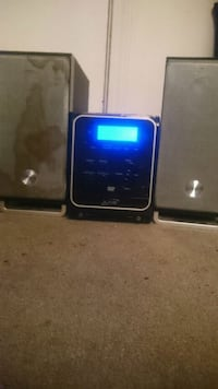 Stereo with speakers  Surrey