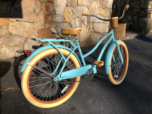 Vintage Huffy Bike with basket!