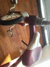 toddler's red and pink Radio Flyer trike Decatur, 30032