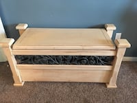 Large wood storage chest  Bakersfield, 93314