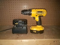 DeWalt cordless hand drill with charger Brampton, L7A 3C3