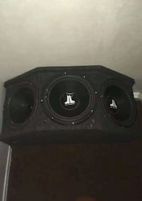 3 JL Subwoofers In Custom Box Mississauga, L4T 2X7