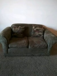 Loveseat Phenix City, 36869