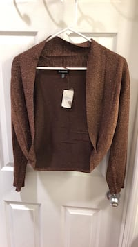 Brand new women's le chateau sweater xl 3154 km