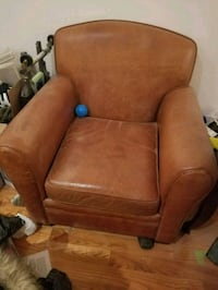 Genuine leather club chair with ottoman Toronto, M4K 1A4