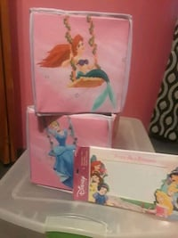 2 Disney princess toy totes Brighton, 80601