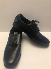 Brand new black dress shoes size 6 1/2 worn once Toronto, M2R 3N1
