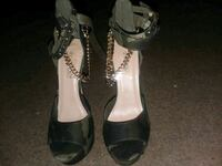pair of camo open-toe ankle strap pumps Akron, 44311