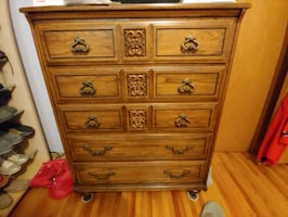Dresser and Chesterdrawer good condition