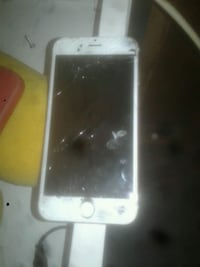 iphone S, pickup only 21225 brooklyn park Brooklyn Park, 21225