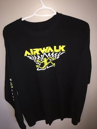 black Airwalk long-sleeved t-shirt Central Okanagan