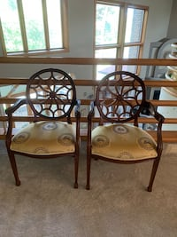 Two spider arm chairs Canton, 44718