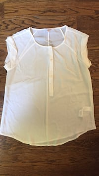women's white cap-sleeved blouse Ottawa, K0A 3P0