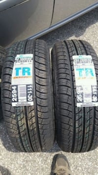 Two coopertire Cambridge, N3E 1A1