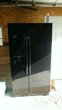 black side-by-side refrigerator with dispenser Schenectady, 12306