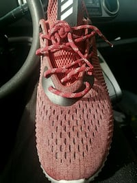 Red and white Adidas Yeezy Boost 350 V2 Phoenix, 85015