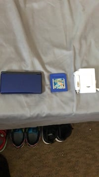 black Nintendo 3DS with game cartridges New Orleans, 70122