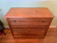 Antique oak chest of drawers  Port Washington, 11050