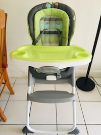 3 in 1 high chair Miami, 33172