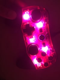 Universal controller for ps3 and ps4 can me negotiated changes colours  Toronto, M6M 4S9