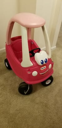 Little tikes car  Burtonsville