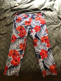 WILDFANG: THE EMPOWER TROPICAL CROP PANT New York, 10021