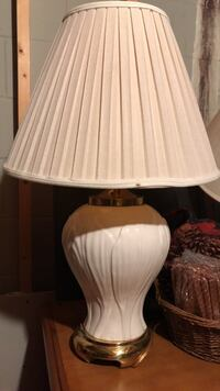 white ceramic base with white lampshade table lamp Blacklick, 43004