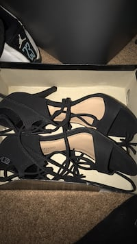 pair of black leather open-toe heeled sandals Lafayette, 70506