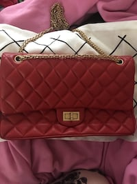 Authentic Chanel purse with dust bag and receipt Richmond, V7C