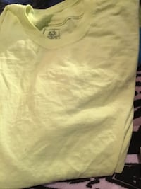 Neon yellow tee medium Gadsden, 35904