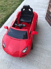 Good condition car with remote control  Burnaby, V5H 1K5