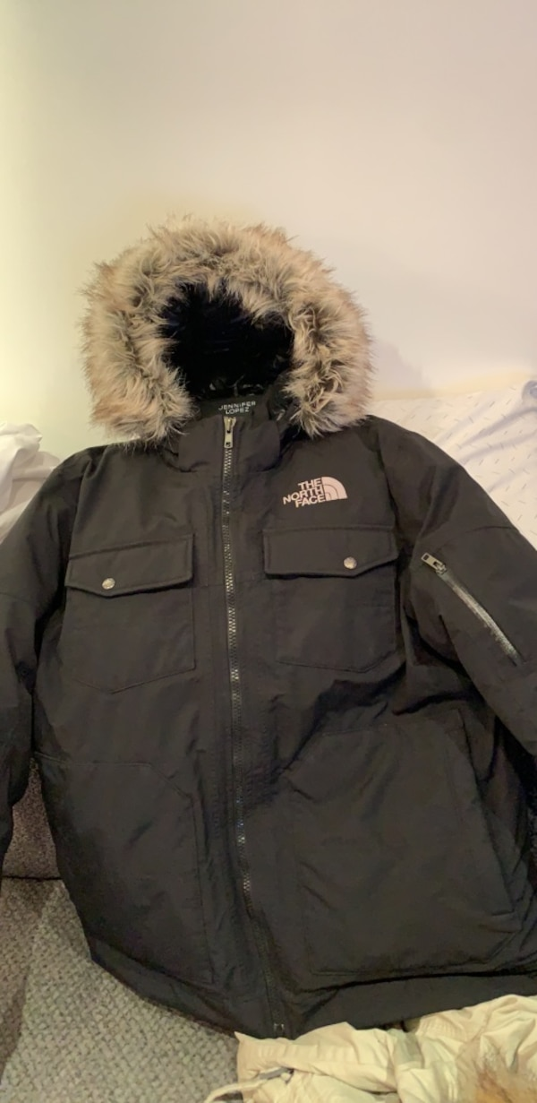 fd11451c3 mens size large THE NORTH FACE WINTER COAT!! lightly used!