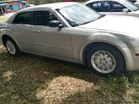 Chrysler - 300 - 2006 Bellmead, 76705