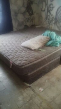 California king size mattress with boxsprings