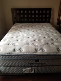 QUEEN SIZE BED W/AMERICAN SIGNATURE MATTRESS Frederick, 21701