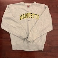 Vintage Nike Marquette Crewneck! Size Medium.Meets in Mississauga Only Mississauga, L5C 4P3