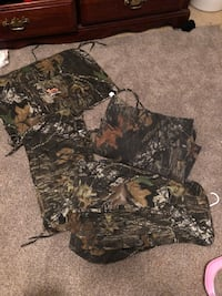 brown and green camouflage cargo shorts Bedford, 24523