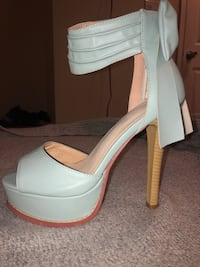 Light blue pumps Olney, 20832