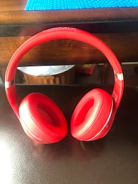 Original Beats Studio Wireless Headphones