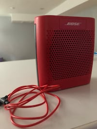 BOSE SOUND LINK COLOR BLUETOOTH SPEAKER ( great condition)  Mississauga, L5M 1A1