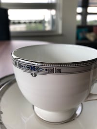 Wedgewood  Amherst , discontinued pattern Mc Lean, 22102