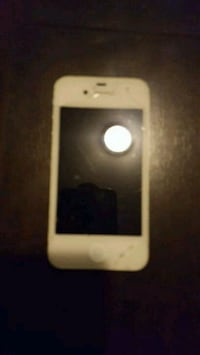 IPhone 4. Works good couple small cracks on scree. Welland, L3B 4H8