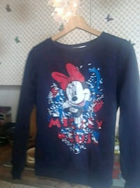 blue and red Mickey Mouse print crew neck shirt Toronto, M6P 4A9