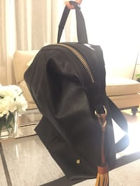 Woman leather backpack Laval, H7X 1V9
